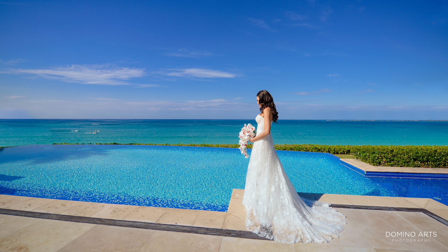 Elegant wedding picture of bride at One&Only Ocean Club Bahamas