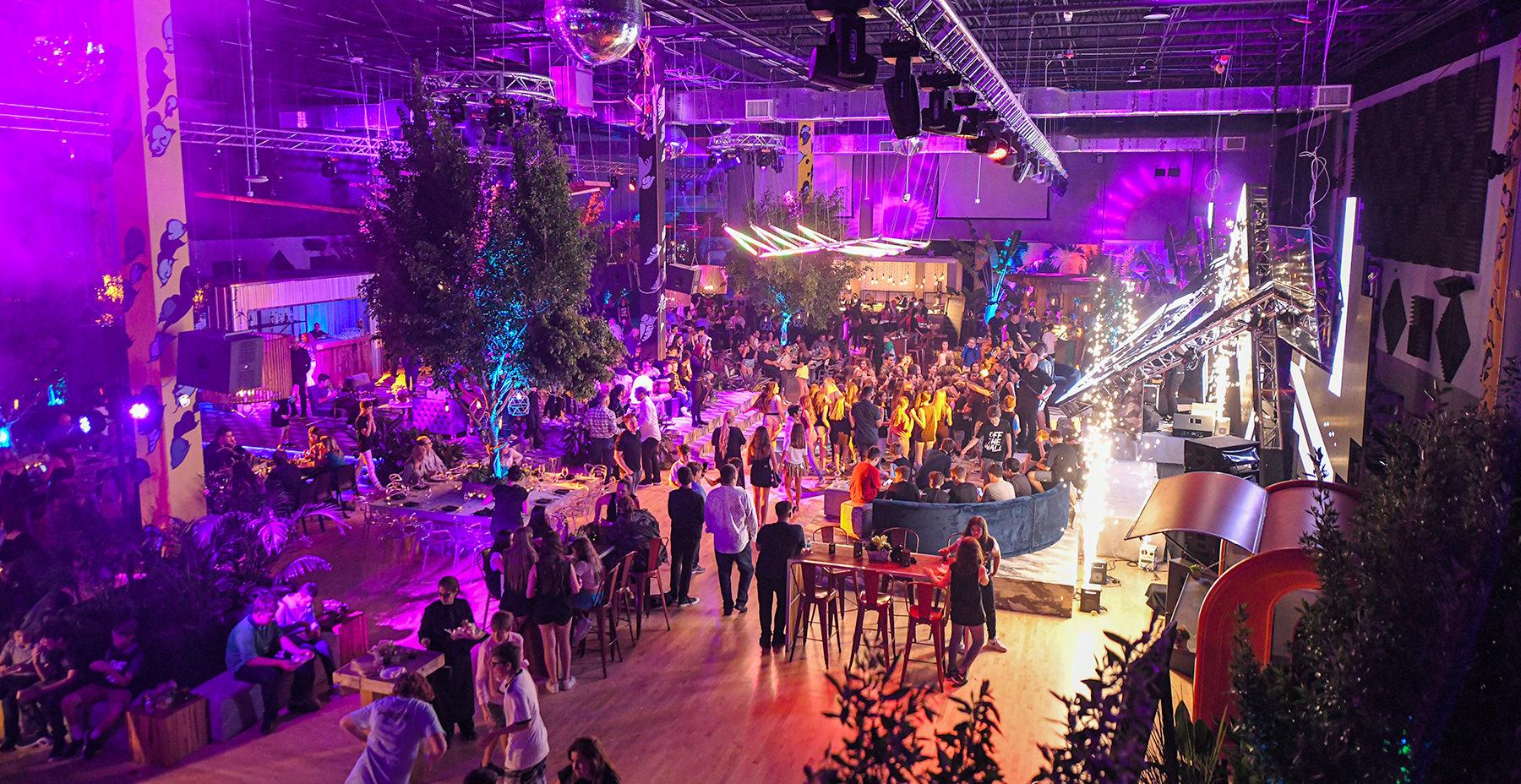 xtreme action park mitzvah Decor