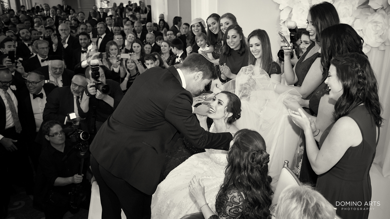 Modern Jewish wedding pictures at Trump national Doral in South Florida