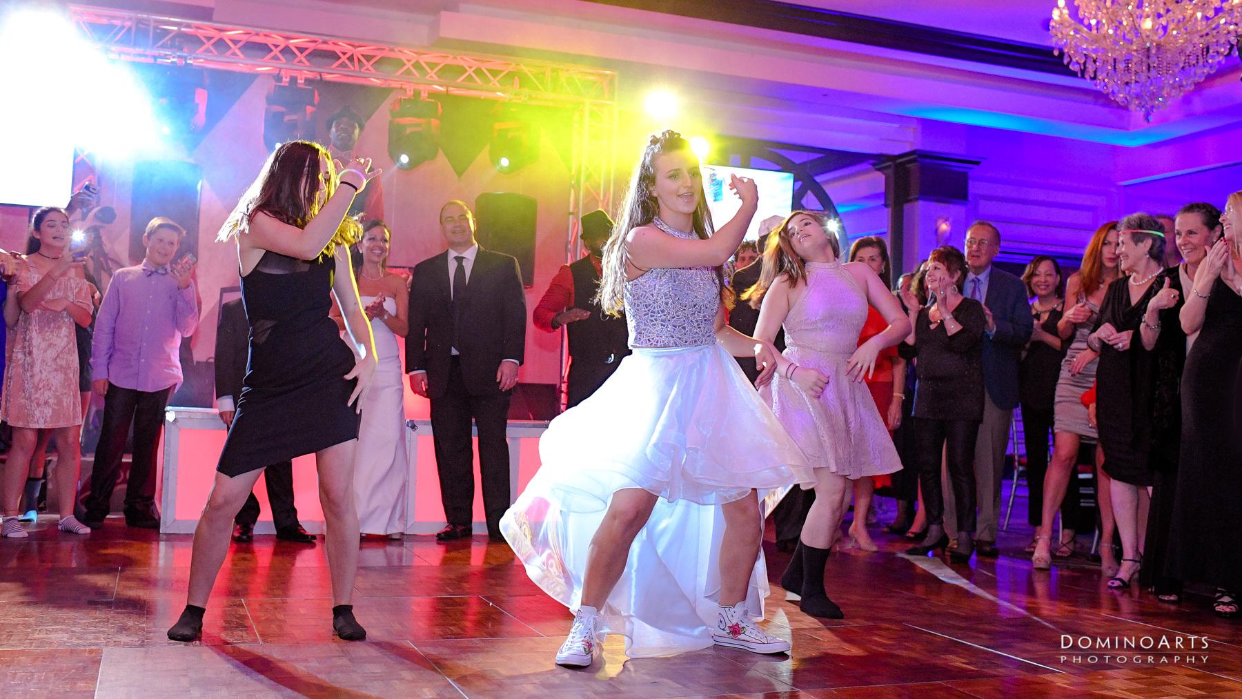 Fun dancing party pictures at Temple Beth El Mitzvah, Boca Raton