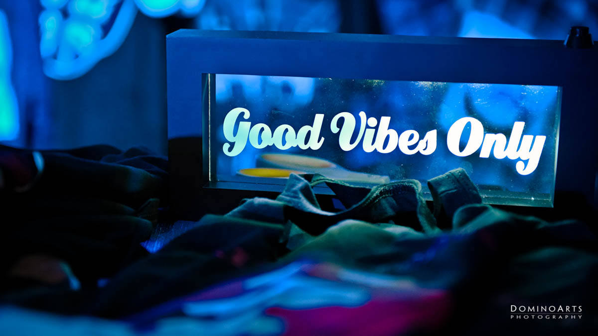 Good Vibes Only Decor