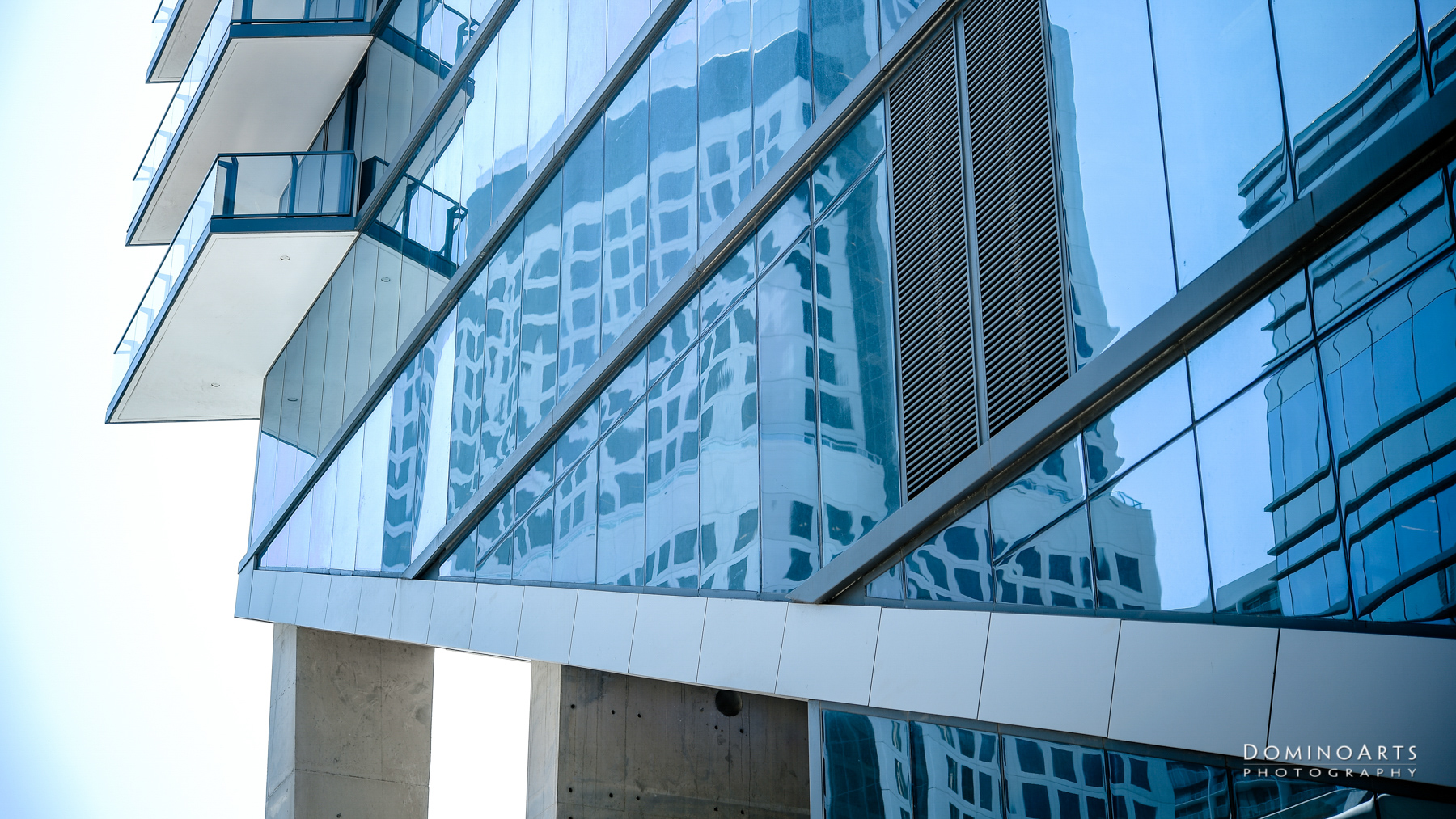 architectural buildings Insigneo Financial Group Corporate Photography by Domino Arts