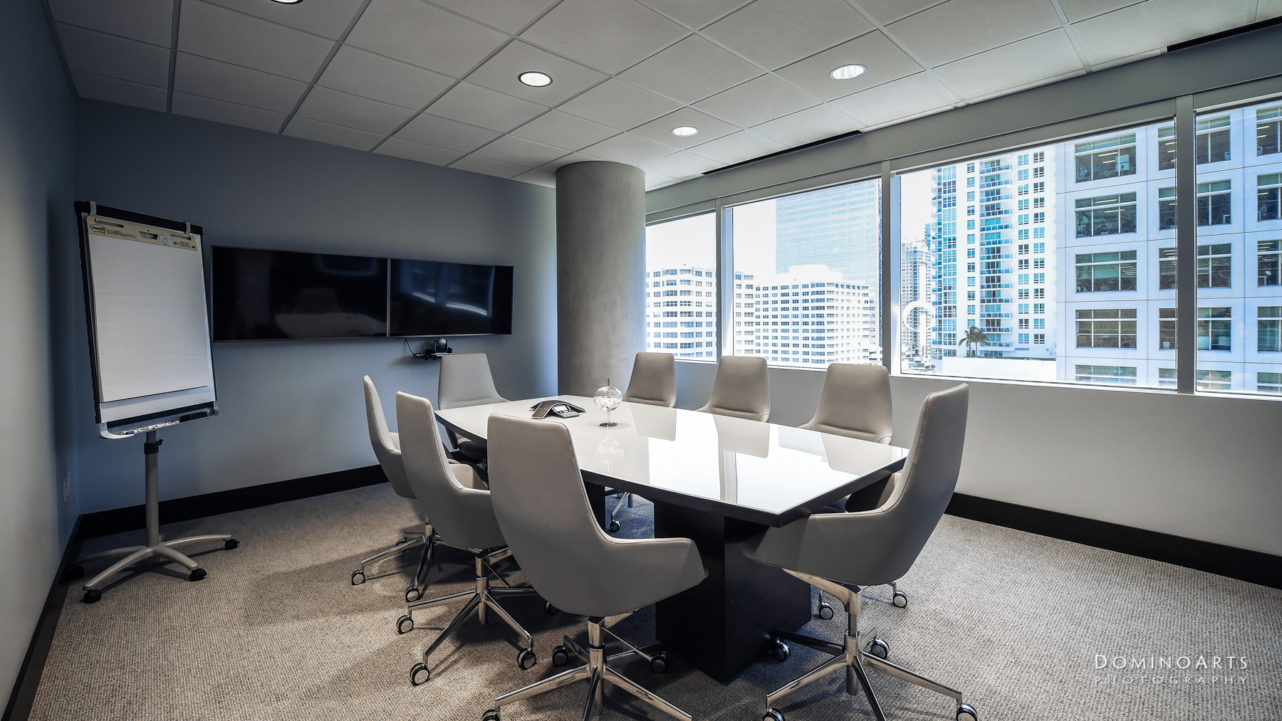 interior office architectural corporate photography in Miami by Domino Arts