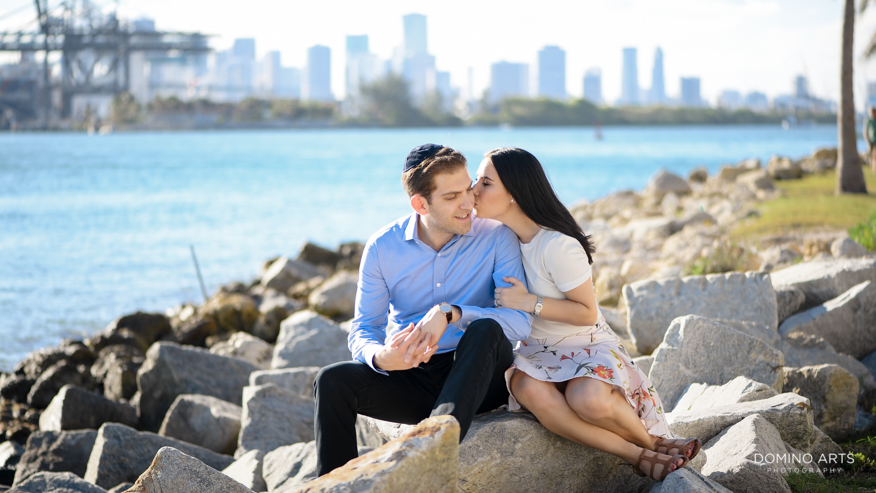 Cute romantic Destination Engagement Photography at South Point Park
