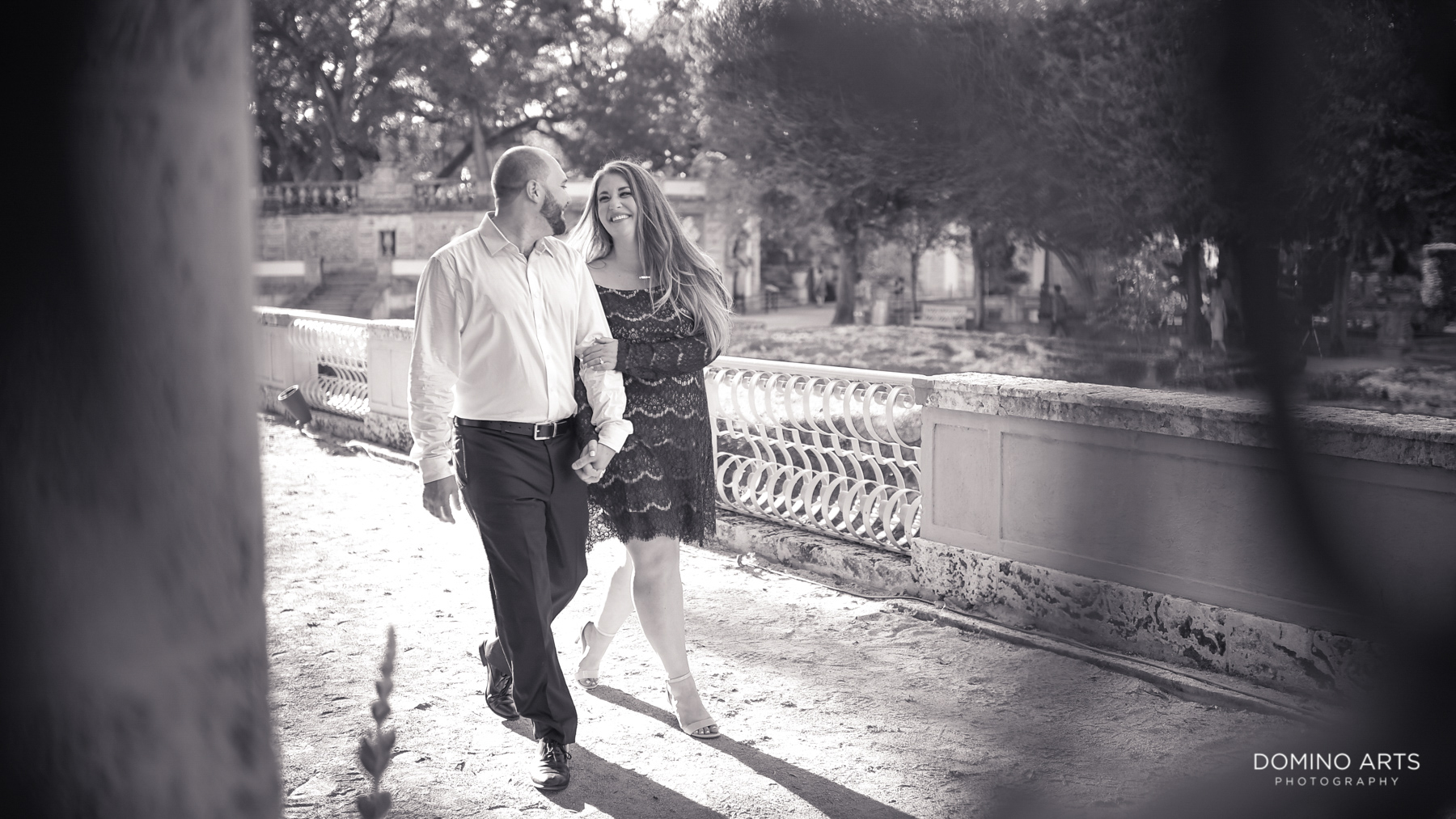 Fun natural pictures at Vizcaya Museum and Gardens Miami Engagement