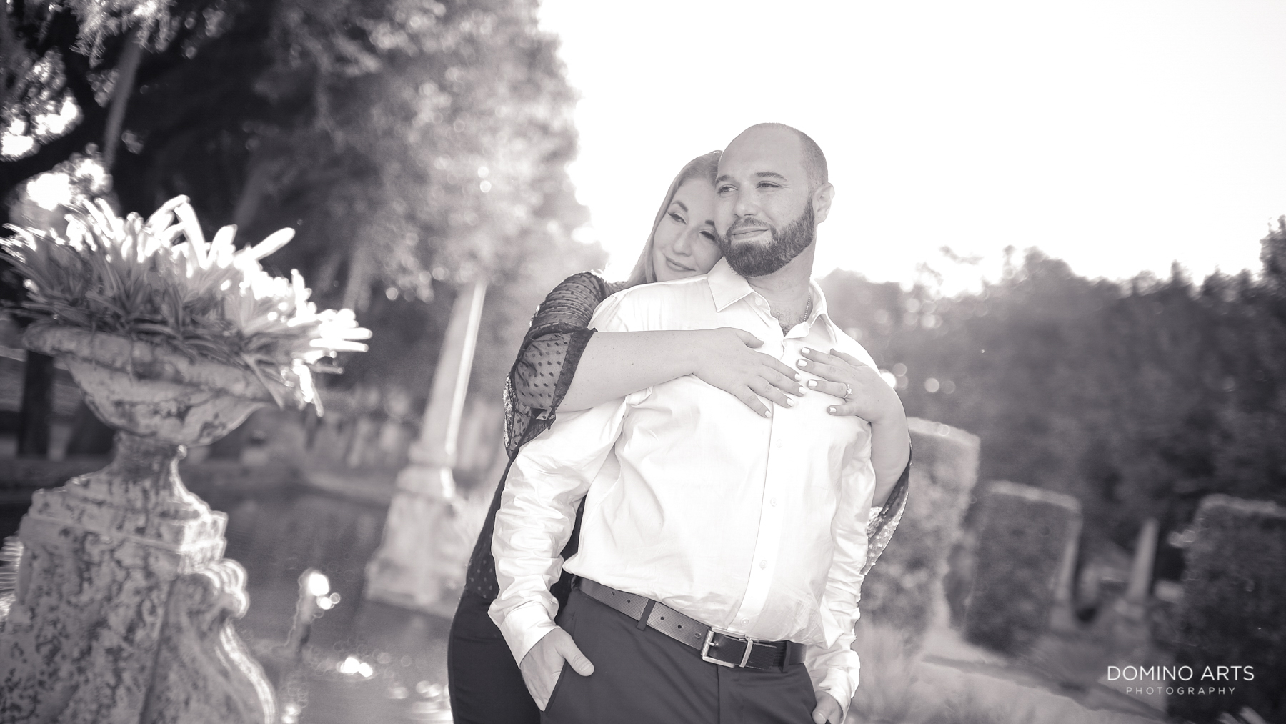 LOVE at Romantic pictures at Vizcaya Museum and Gardens Miami Engagement