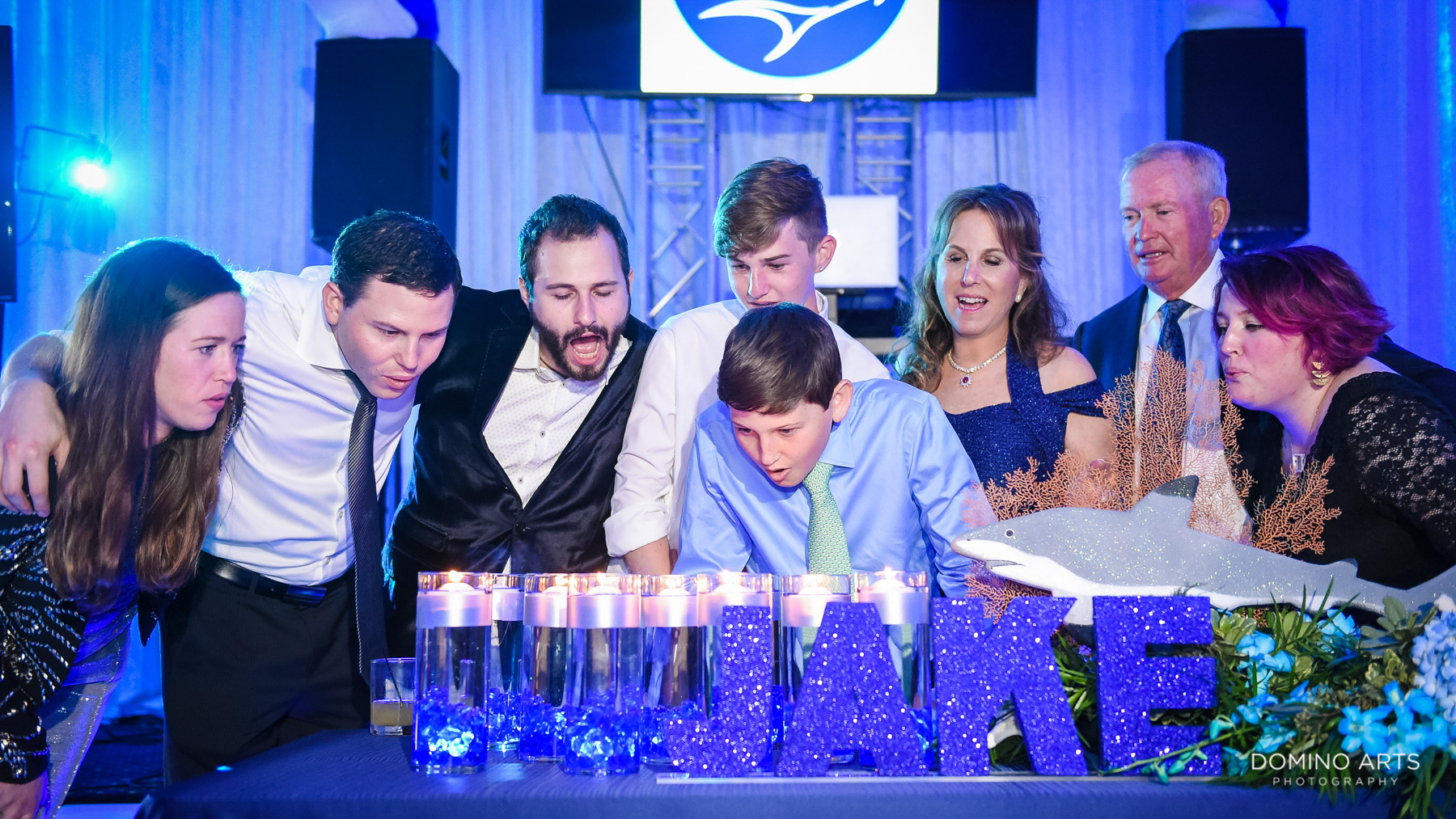 candle lighting ceremony at temple beth el