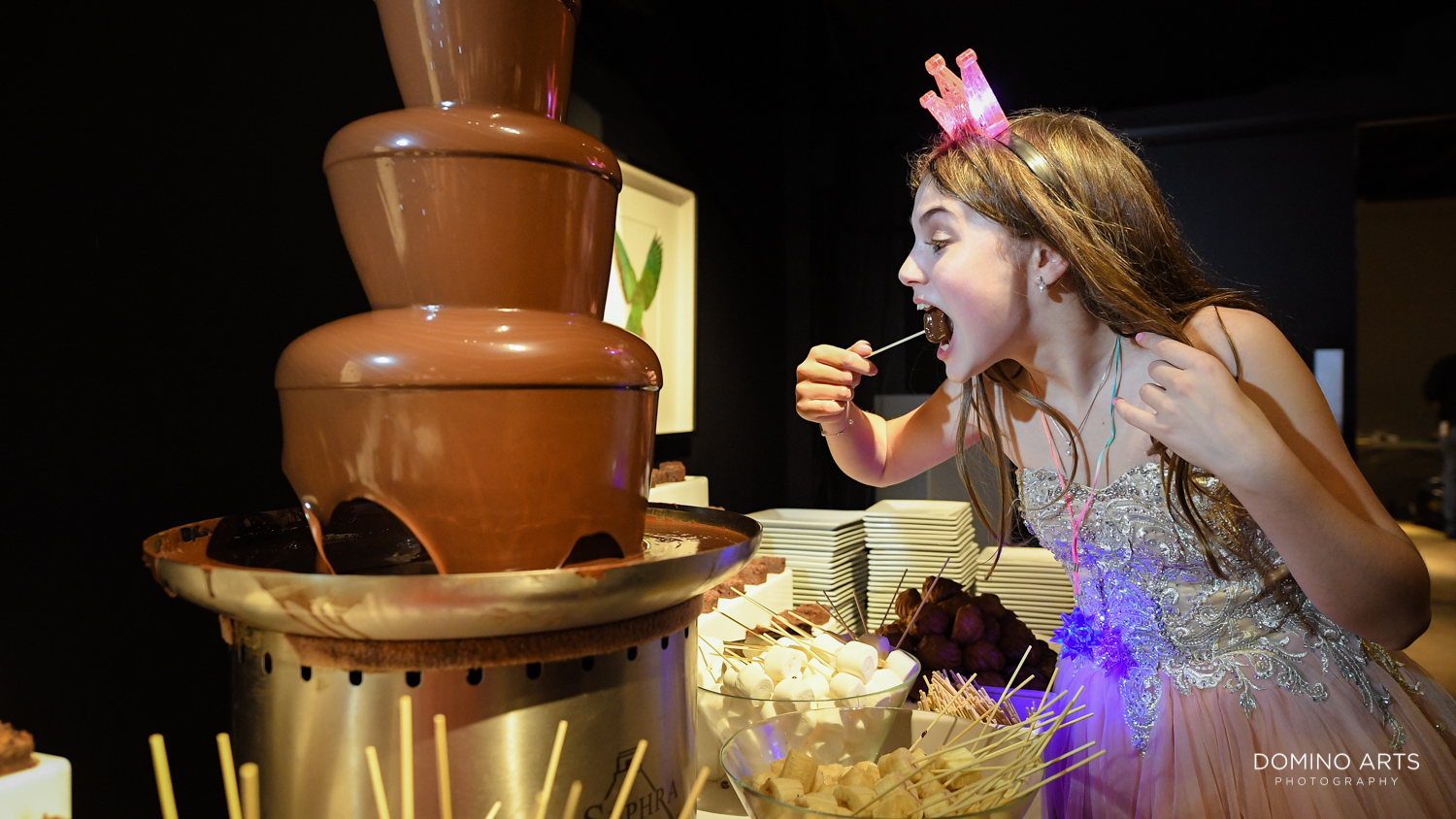 Chocolate Fondue fountain Mitzvah dessert pictures at Gallery of Amazing Things