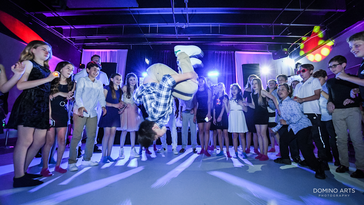 Fun dancing Mitzvah party pictures at Gallery of Amazing Things