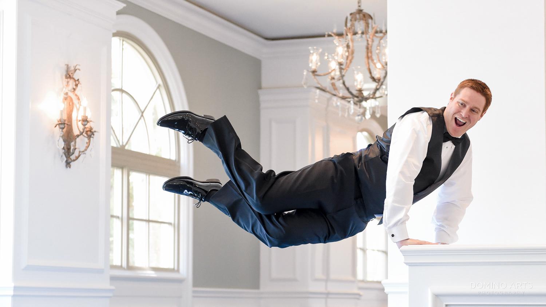 Groom pictures at The Ritz Carlton Sarasota