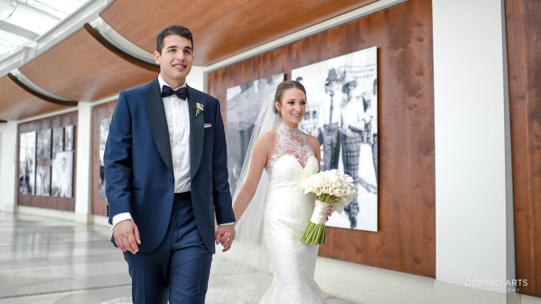 Classic romantic wedding photos at fontainebleau miami