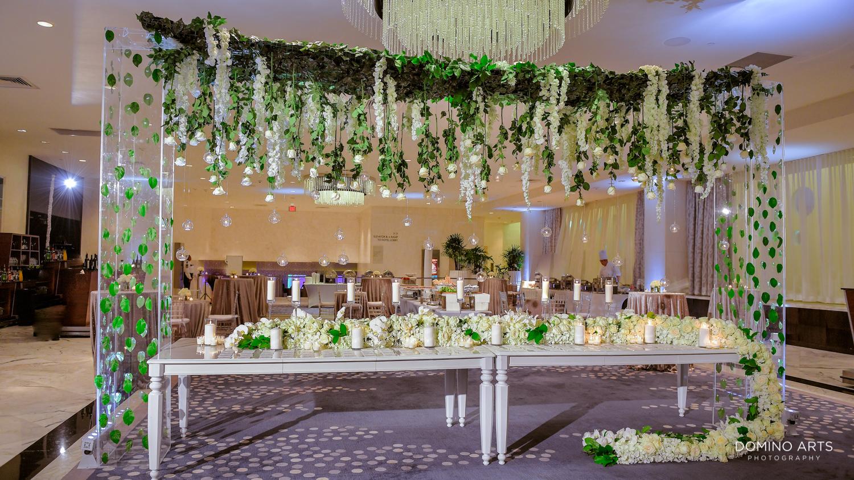 Extravagant floral decor photos at fontainebleau miami