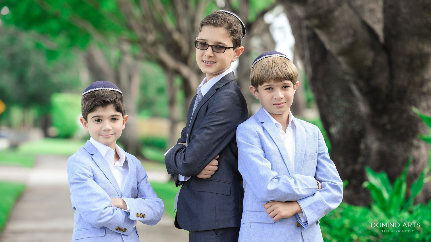 Family photography of Bar Mitzvah at Tample Chabad of Plantation