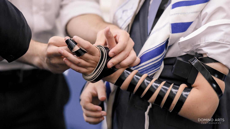 Bar Mitzvah photography boy at Temple Chabad of Plantation