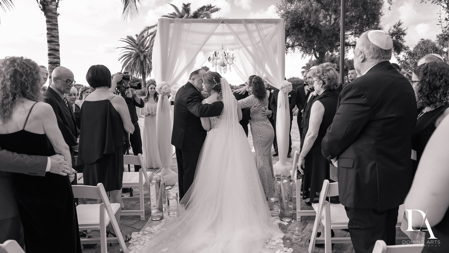 Black and white photography at Romantic Outdoors Wedding at Woodfield Country Club in Boca Raton, Florida by Domino Arts Photography
