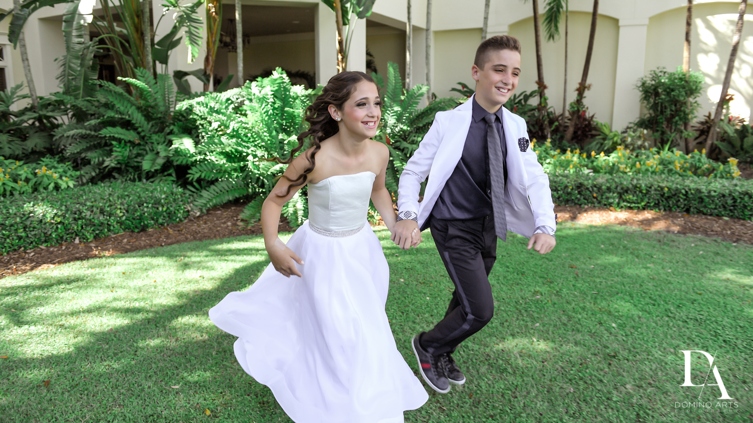 fun portraits at Luxury B'Nai Mitzvah at Woodfield Country Club by Domino Arts Photography