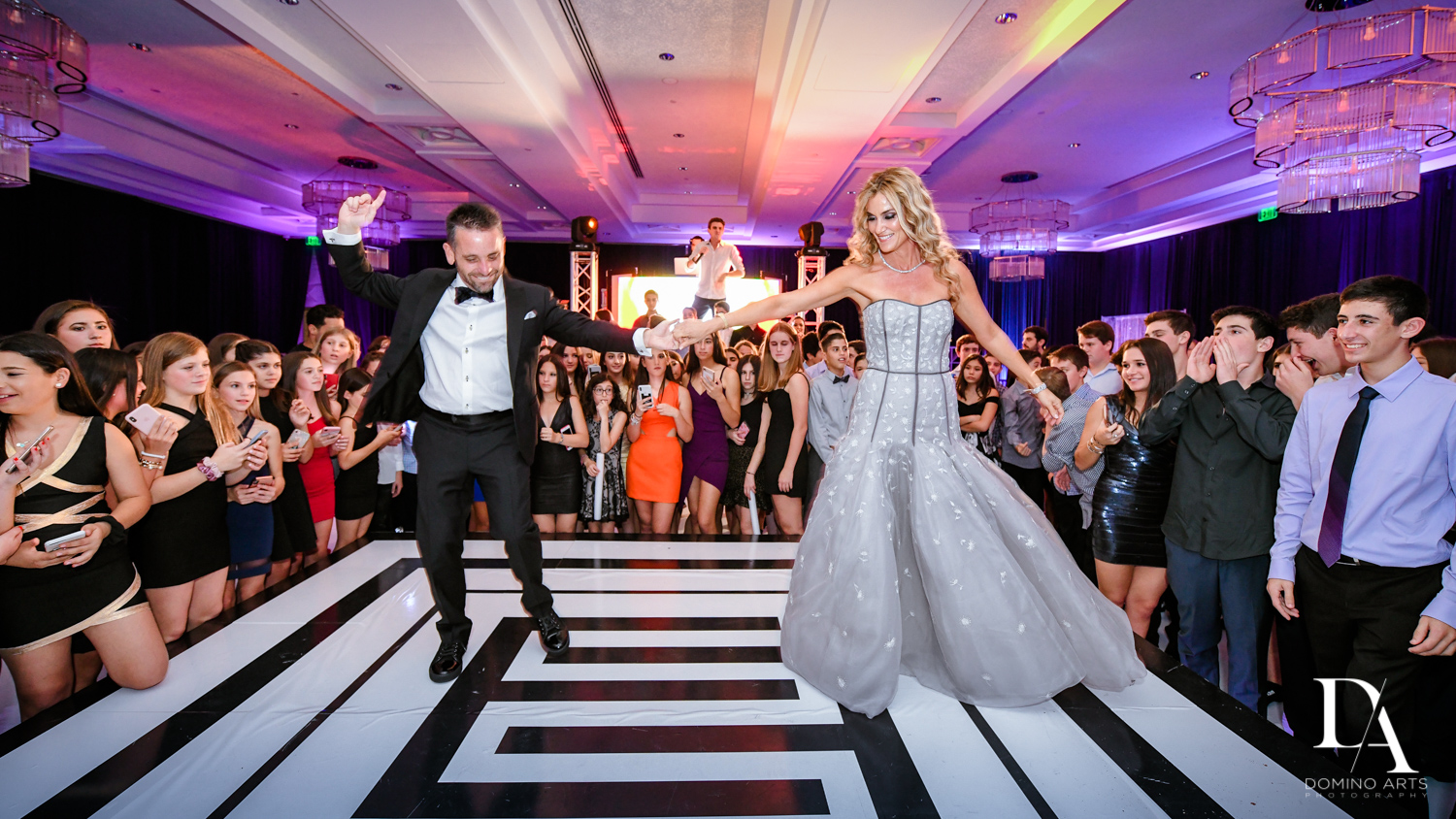 Fun family at party at Luxury B'Nai Mitzvah at Woodfield Country Club by Domino Arts Photography