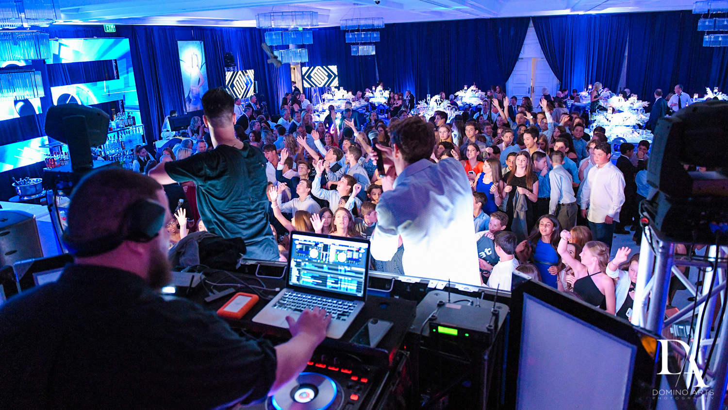 DJ party pics at Luxury B'Nai Mitzvah at Woodfield Country Club by Domino Arts Photography