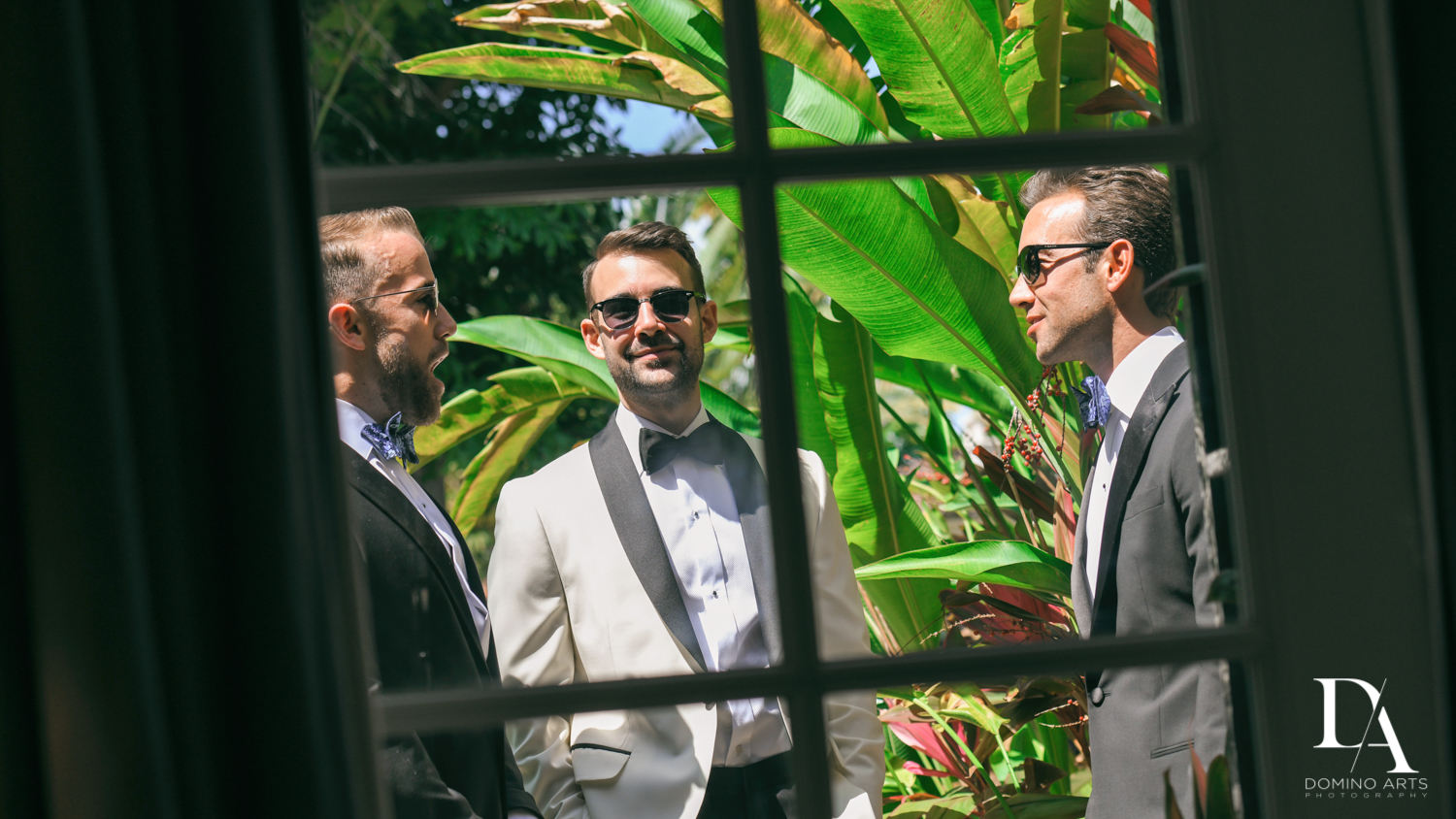 photo journalistic pictures at Tropical Garden Wedding at Fisher Island Miami by Domino Arts Photography