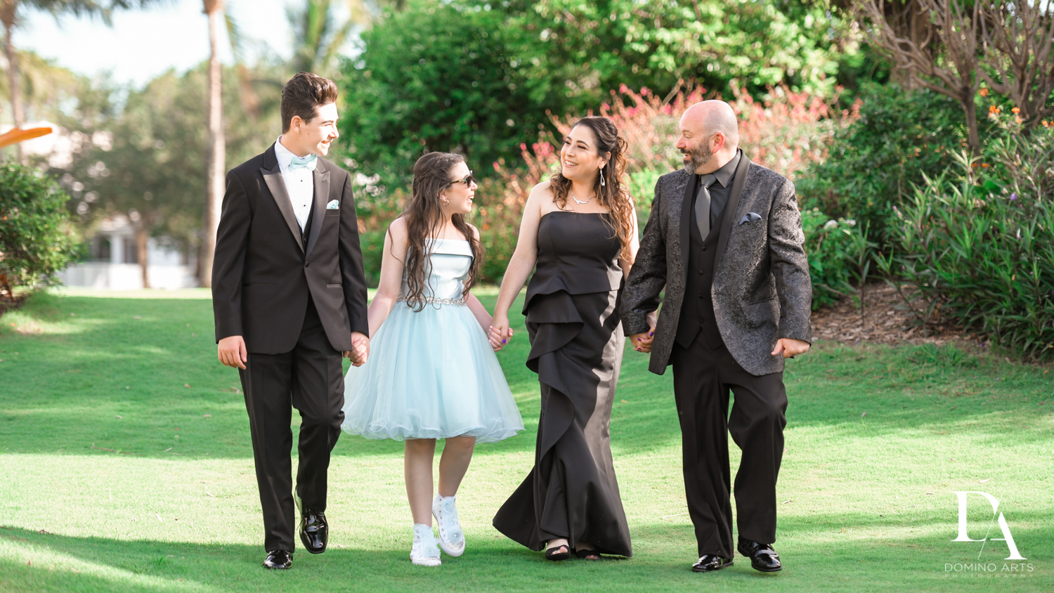 Family portrait at New York Theme Bat Mitzvah at Woodfield Country Club, Boca Raton by Domino Arts Photography