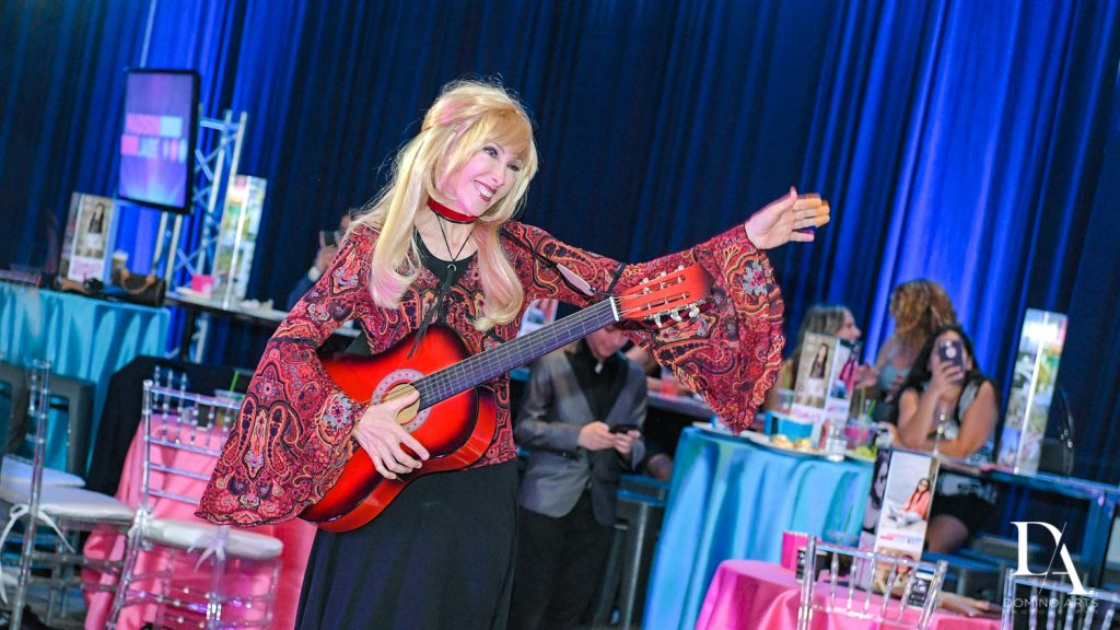 friends impersonator at New York Theme Bat Mitzvah at Woodfield Country Club, Boca Raton by Domino Arts Photography