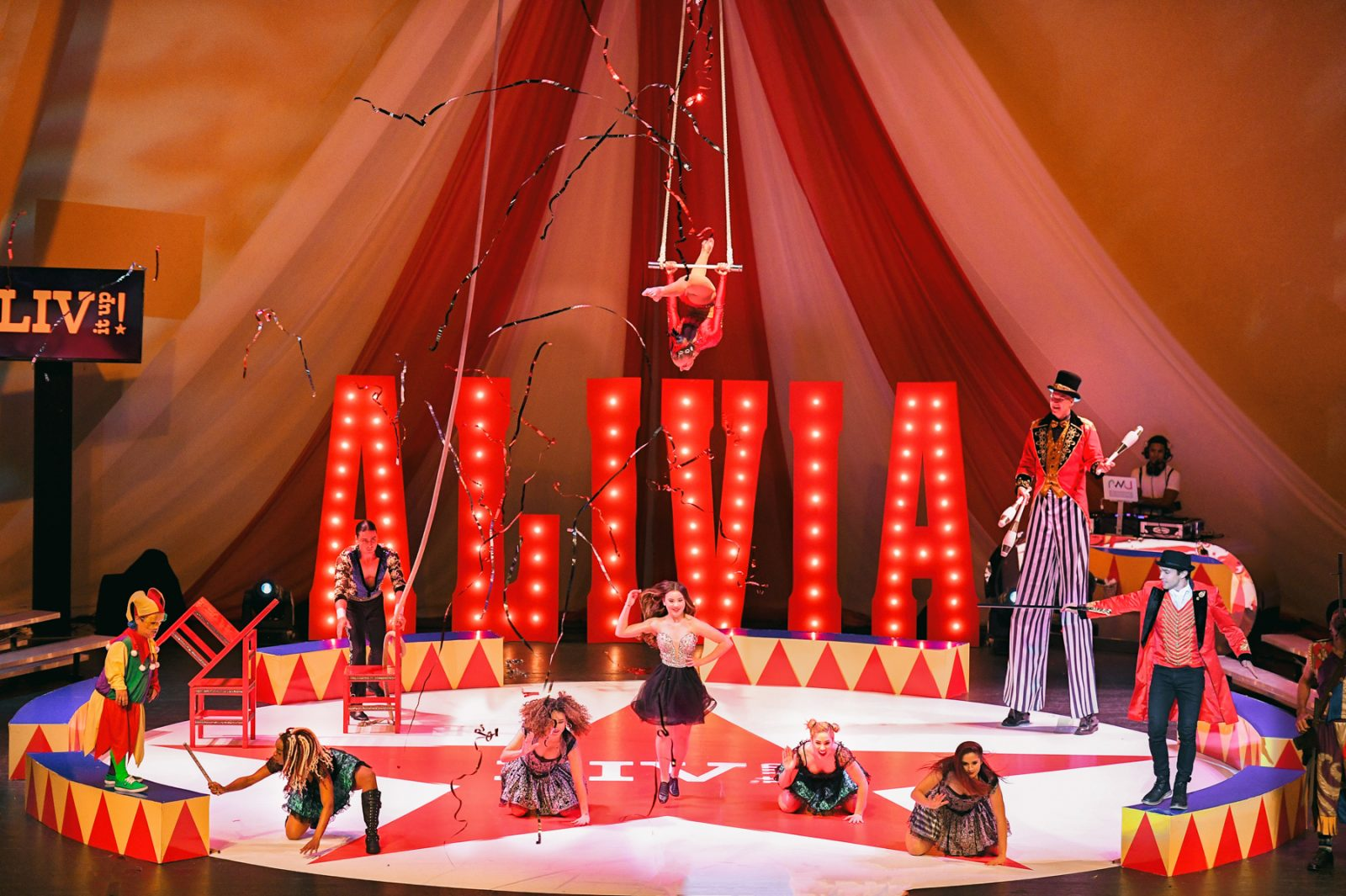 circus performers at The Greatest Showman theme Bat Mitzvah at the filmore miami by Domino Arts Photography