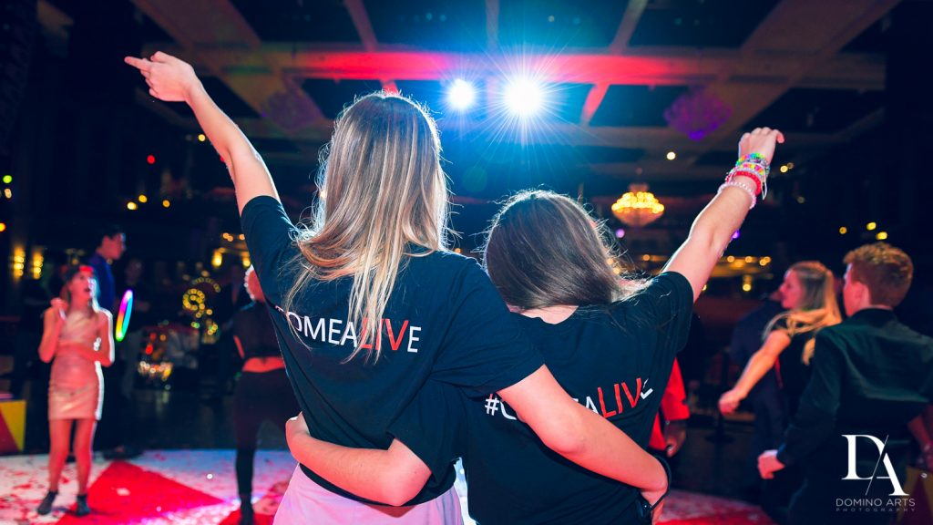 farewell shot at The Greatest Showman theme Bat Mitzvah at the filmore miami by Domino Arts Photography