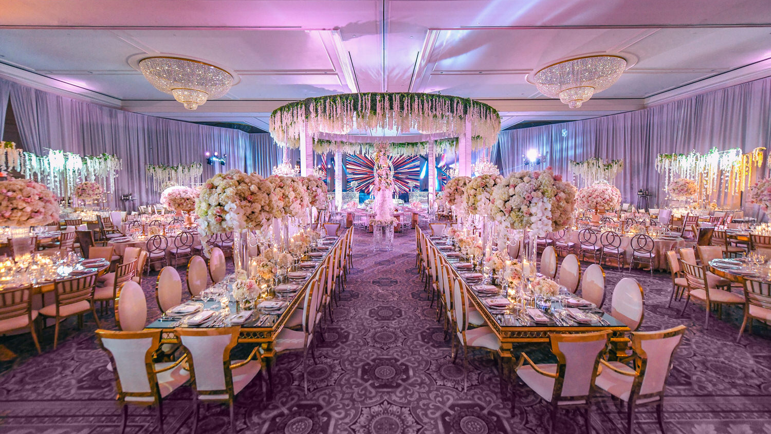 luxury wedding decor by Domino Arts Photography