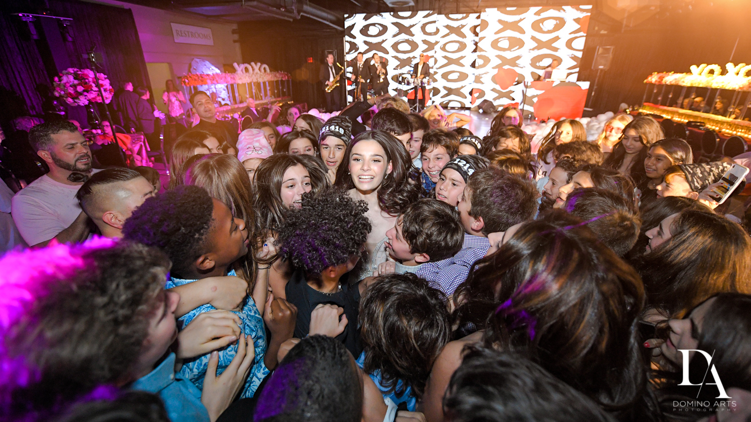 party crwod at Fashion Theme Bat Mitzvah at Gallery of Amazing Things by Domino Arts Photography