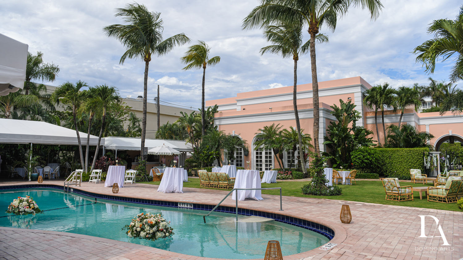 outdoor cocktail at Jewish Orthodox Wedding in Palm Beach by Domino Arts Photography