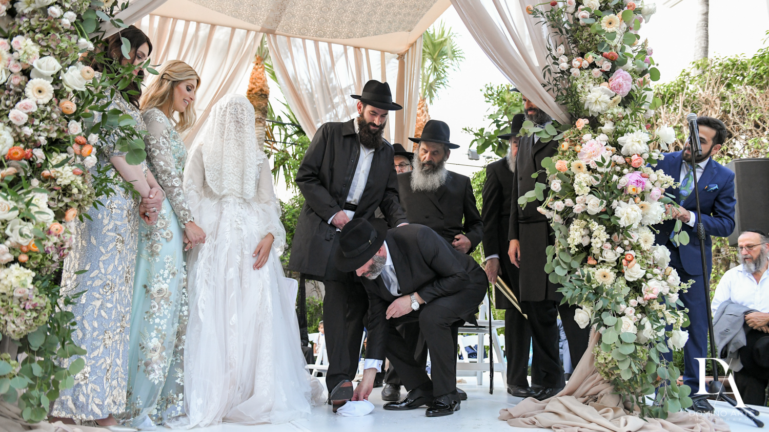 breaking the glass at Jewish Orthodox Wedding in Palm Beach by Domino Arts Photography