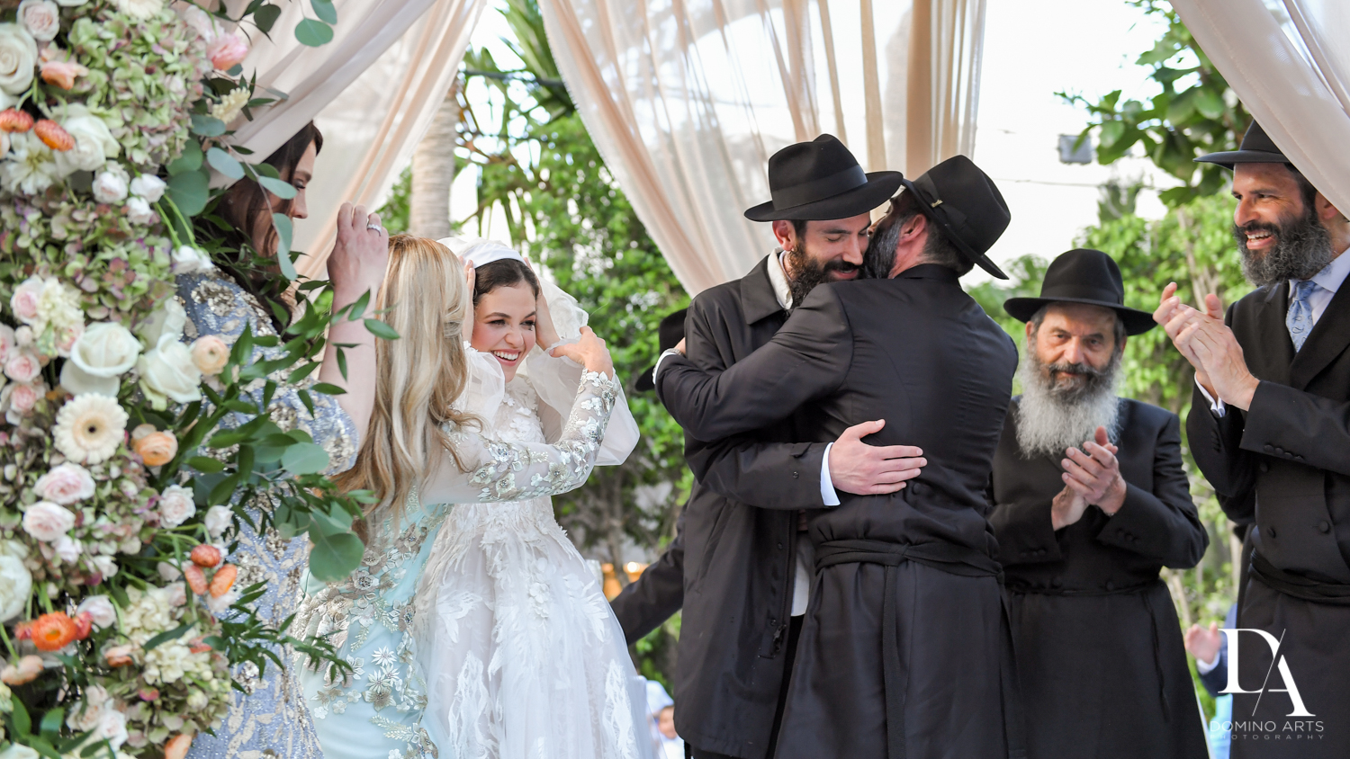 celebrations at Jewish Orthodox Wedding in Palm Beach by Domino Arts Photography