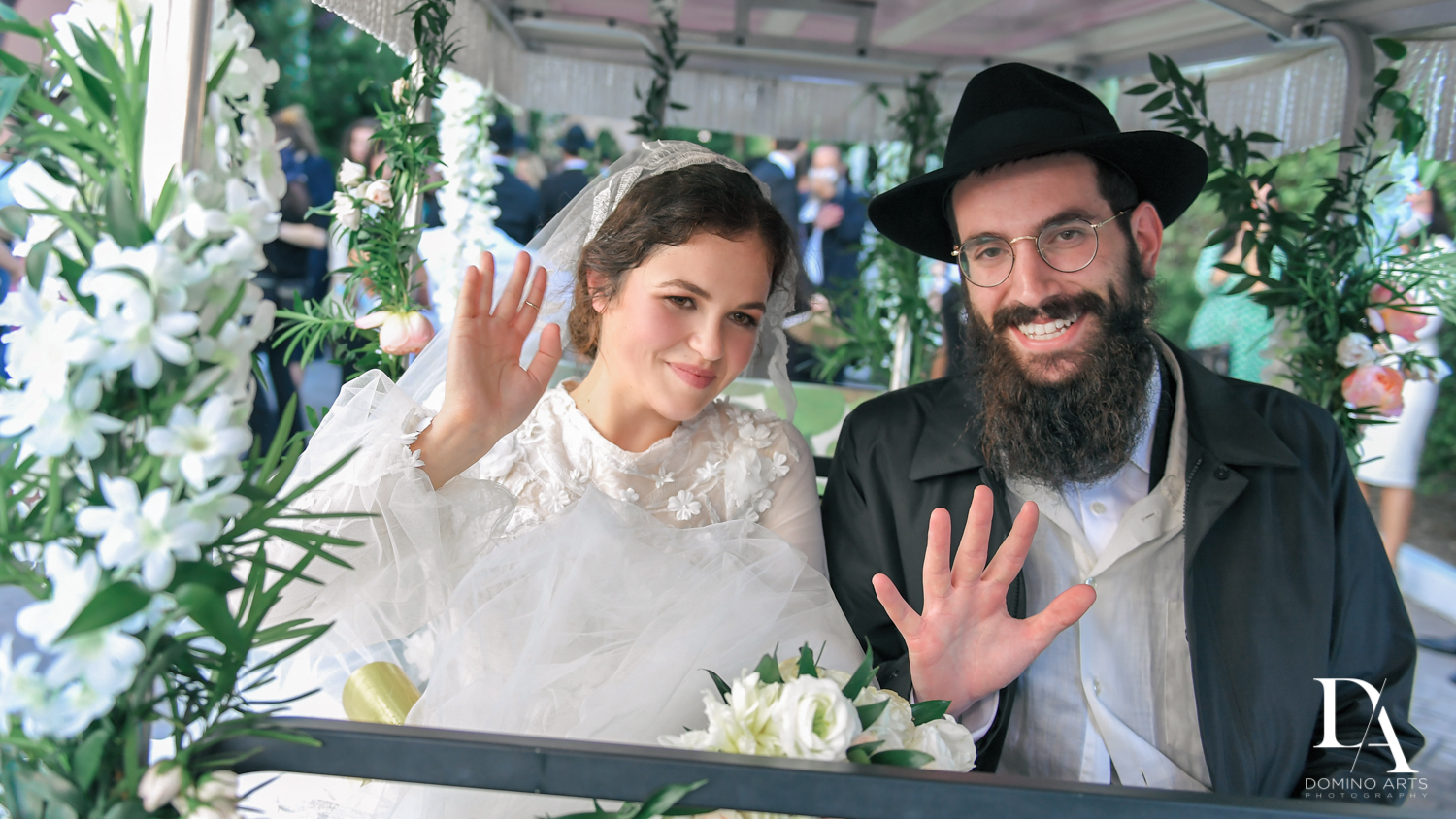 golf carts at Jewish Orthodox Wedding in Palm Beach by Domino Arts Photography
